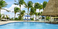 All inclusive i Mexico, udsigt fra pool over havet